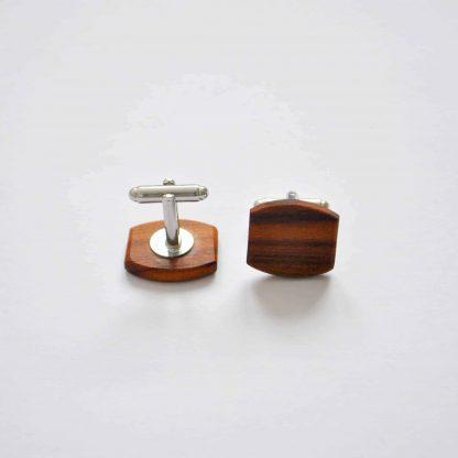 drevene manžetové gombíky slivka